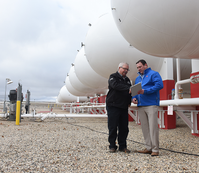 CHS Propane supplier meets with customer on site